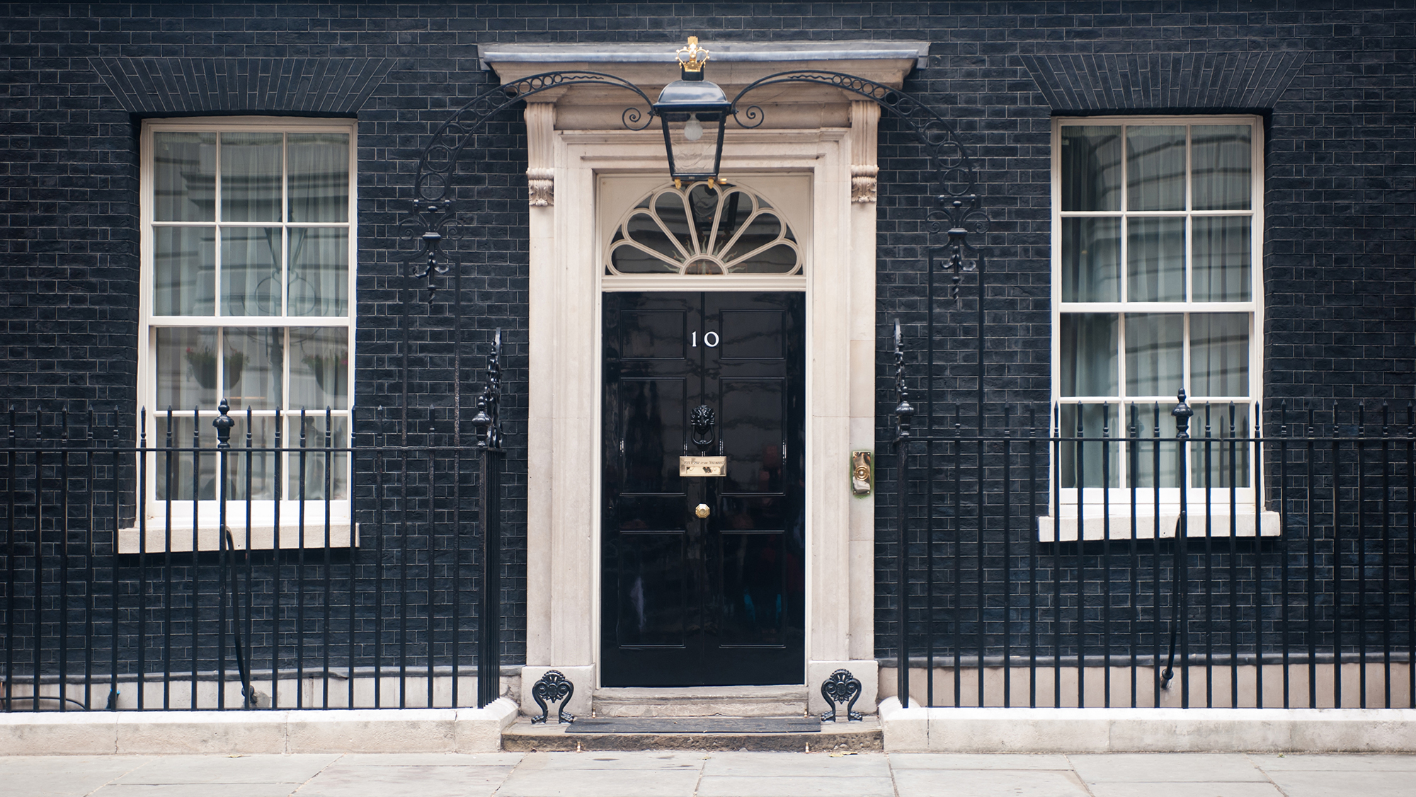 Continuing our series about notable doors from around the world this week\u0027s blog is about a very famous British door | Shaker Doors & Continuing our series about notable doors from around the world ...